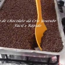 Bolo de Chocolate da Cris Youtube Fácil e Rápido
